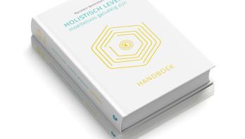 Boekrecensie: Holistisch leven, moeiteloos gelukkig zijn – Marjolein Berendsen